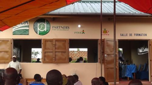 31263 ב 1 אגרו בנין LONG שותפים לפיתוח מציעה ארבעה מרכזים קהילתיים לחקלאים