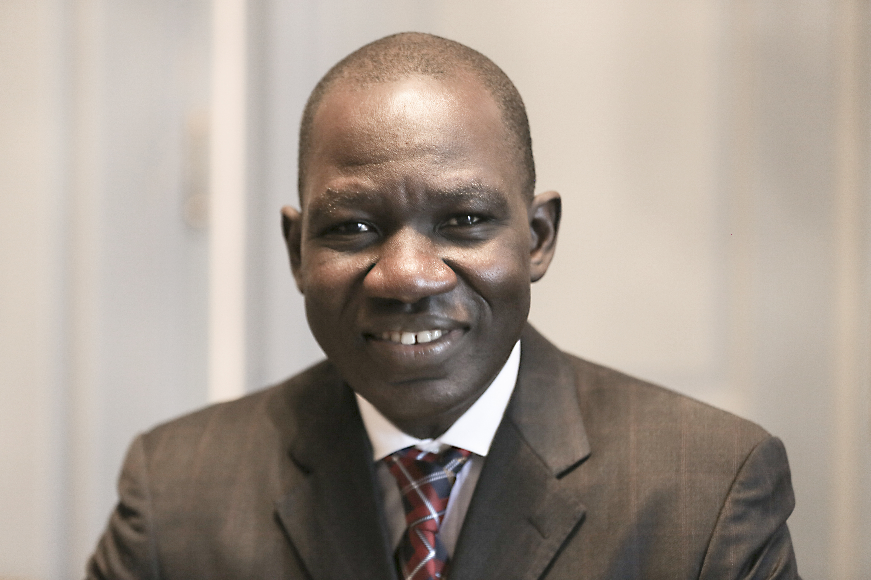 Alamine <b>Ousmane Mey</b>, ministre des Finances du Cameroun au 9eme forum EMA ... - alamine_ousmane_mey_20131023_1027983906