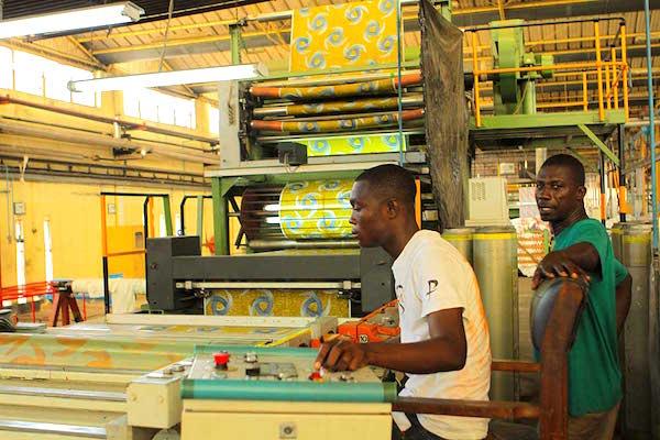 Man textile full employment