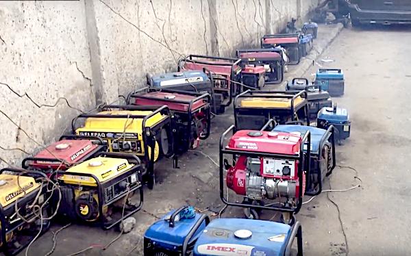 Entre 17 et 60 millions de petits générateurs à essence au Nigeria.