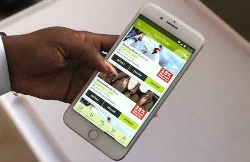 2farmcrowdy app in use