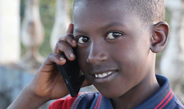3jeune africain telephone
