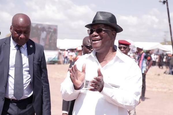 2Alassane Ouattara happy